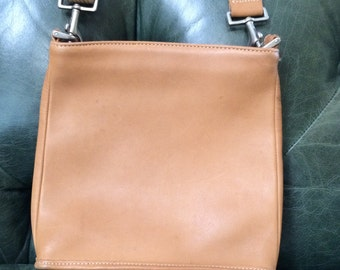 Vintage Coach  Cross Body, Coach, Leather Shoulder Bag, Coach Bags, Saddle Leather, Coach Handbag, Designer Coach, Leather Cross Body, Coach