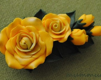 Polymer clay flower brooch