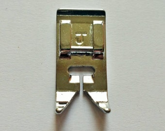 Standard multi purpose universal zigzag presser foot for most domestic low shank sewing machines
