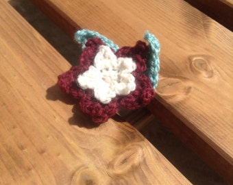 Burgandy and white flower brooch