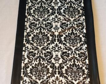 Damask Table Runner/tablerunner, Tablecloth, Wedding Gift, Bridal Shower  Gift, Birthday