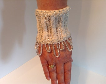 Unique wrist warmer, cuff