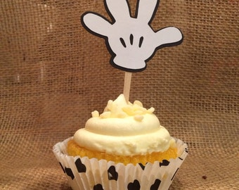 Mickey or Minnie Mouse glove cupcake toppers! Adds such a cute touch to your disney kid's birthday party! Sets of 15