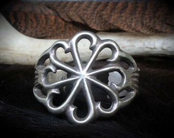 Vintage Sandcast Cuff Bracelet. Old Pawn Navajo Sandcast sterling silver Cuff Bracelet. Southwestern Jewelry