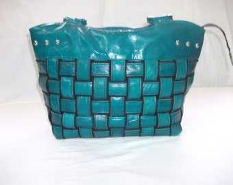 Handbag leather handcrafted of Tunisia, color: Emerald Green
