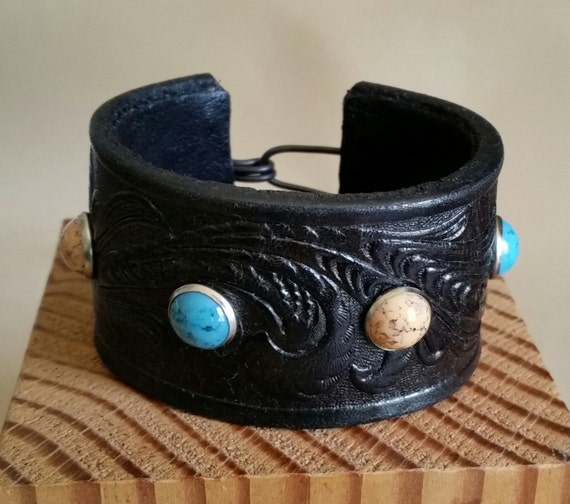 """SMALL STUDDED CUFF Tooled Embossed Black Leather Bracelet with Turquoise, Coral Studs. For 6"""" Wrist. Hook Clasp. Womens Girls Western"""