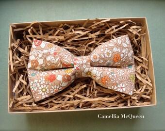 Men's bow tie, boys' bow tie, summer meadow on tan bow tie