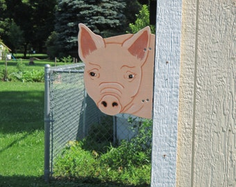 Pig Head Barn Yard Peeker