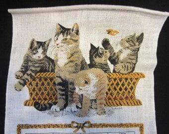 Vintage Linen 1976 Kittens Calendar Tea Towel