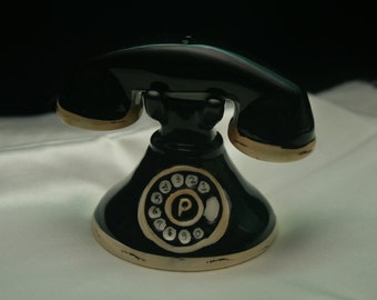Vintage Telephone salt and pepper shakers