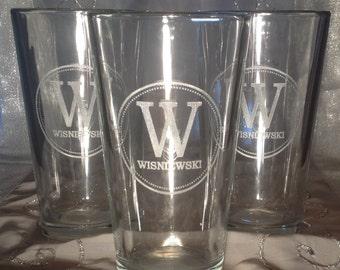 Personalized Engraved 16 oz Pint Glasses - Monogram, Wedding, Groomsman, Bridesmaids