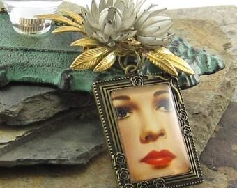 Retro Vintage Flower Pendant Necklace retro vintage necklace boho chic jewelry