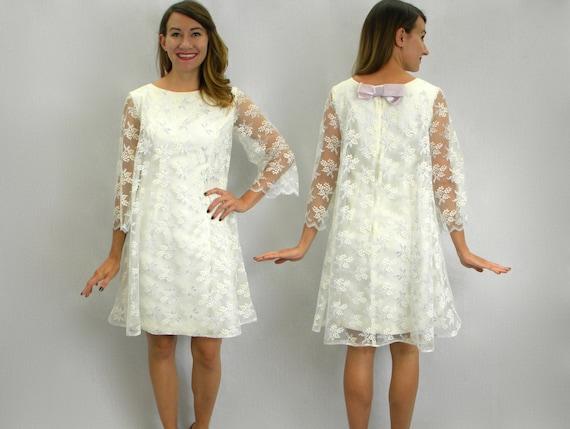 Vintage 60s White Lace Tent Dress Short Wedding Dress