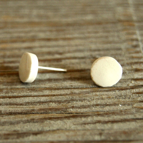 MINI white glossy round stoneware stud earrings