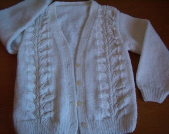 vest, cardigan for 5/6 year-old girl, white, knitted hand, long sleeves