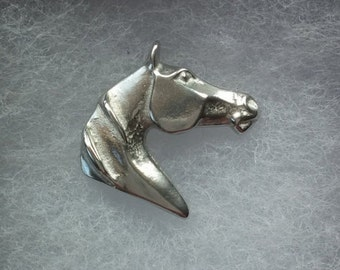 Horse Brooch, horse jewellery, gift for horse lover, Equine jewelry, animal badge, pewter pin, horse gift, Handmade by SJH Designs
