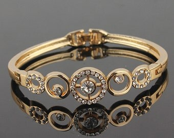 Handmade 18k Gold Filled Bangle Bracelet - Austrian Crystals