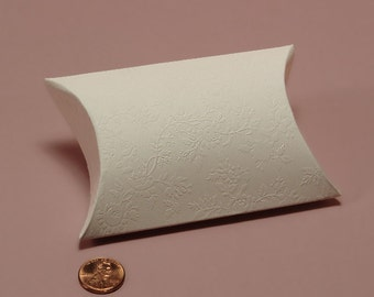 30 Floral Embossed Pillow Boxes