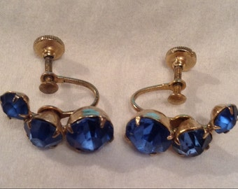 Vintage Blue Crystal Rhinestone Gold Tone Screw Back Earrings