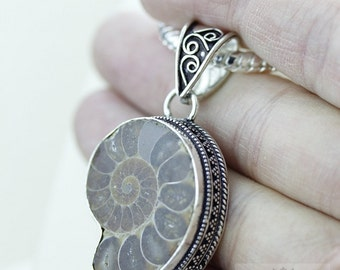 MADAGASCAR AMMONITE 925 S0LID Sterling Silver Vintage Style Setting Pendant + 4mm Snake Chain & Free Worldwide Shipping p2469