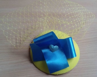 Gorgeous sunny yellow and blue hat