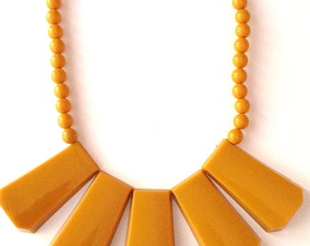 Retro Mod Geometric Necklace