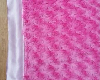 Light pink ,light blue hot pink and lilac  Minky Blanket/mantas para bebes en rosa ,lila,fuxia y celestes