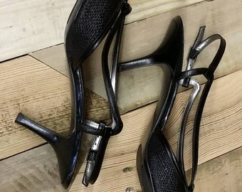 Vintage Bandolino Black Leather Raffa-Metal Sandals Size 7 1/2 M