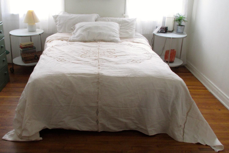 vintage king sized ivory lace duvet cover bedding shabby. Black Bedroom Furniture Sets. Home Design Ideas