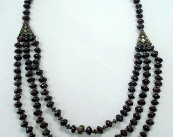 vintage garnet & silver beads necklace from rajasthan india
