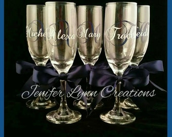 ADD BOWS to your champagne flutes