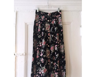 Vintage Skirt with Floral Print and Pearl Costume Buttons