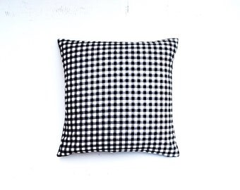 Price reduced from 19.99! Black and withe pillow cover (18x18)