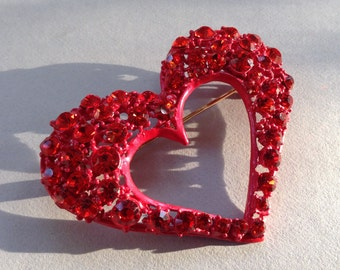 Brilliant Red Rhinestone Heart Brooch/Pin