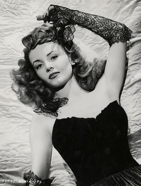 1940S Era Sultry Actress Rita Hayworth-Black And-5636