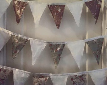Vintage style Bunting (3 different colours)