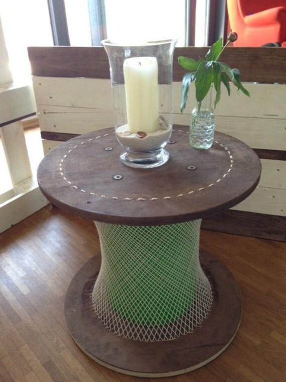 hnliche artikel wie umflochtener kabeltrommel tisch auf. Black Bedroom Furniture Sets. Home Design Ideas