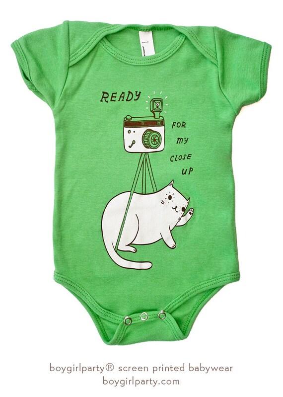 Camera esie Cat Baby Clothing Baby Portrait by boygirlparty