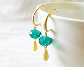 Emerald and Gold Earrings, Gift for Anniversary, Dangle Drop Earrings, Birthday gift for her, Gifts for wife, gift for girlfriend