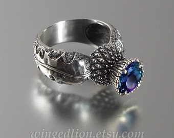 BLOOMING THISTLE silver ring with Alexandrite