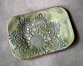 Ceramic GREEN Lace Soap Dish edged in Gold