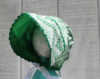 Peekaboo Bonnet