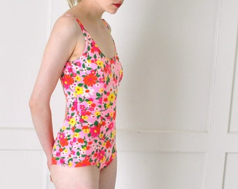 1960s bathing suit 60s vintage swimsuit pin up girl FLORAL one peice RETRO swim wear small
