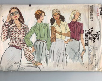1970s Vintage Sewing Pattern Vogue 8749 Misses Blouse with Gathered Yoke Size 12 Bust 34 70s  99