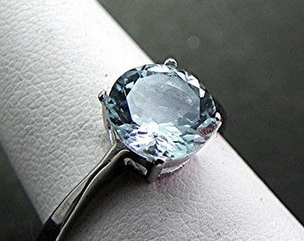 AAA Aquamarine  1.70 carats 8mm Round Natural Untreated 14K White gold Engagement ring.    1491Y MMM