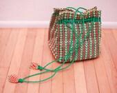 Vintage 90s Plastic Floral Beaded Hand Purse // Woven Basket FLOWER POWER Bag Pouch //