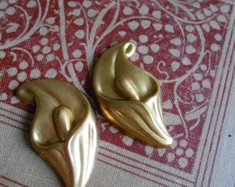 3 pcs calla lily art nouveau floral flower stamping - vintage old new stock jewelry supplies raw brass
