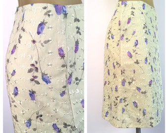 Green Eyelet Skirt, Purple Flowers, Vintage Skirt, Straight Skirt, Light Green Skirt, Spring Floral, Below Knee, Pencil Skirt Office Skirt S