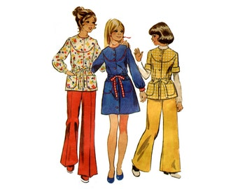 1970s Girls Smock Top or Dress Pattern Top and Wide Leg Pants Round Yoke Front Button Simplicity 6126 Bust 32 Vintage Sewing Pattern