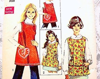 Vintage Full Apron Pattern 1960s Misses Size 12 14 Womens Smock Apron Large Pockets Sewing Pattern